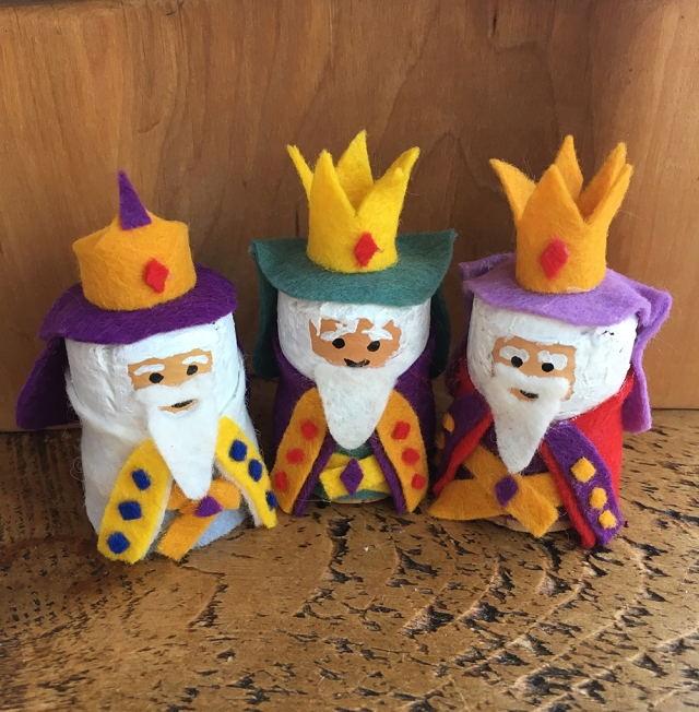 Recycled Cork Character crafts - ideal for story telling and small world play - the three wise men